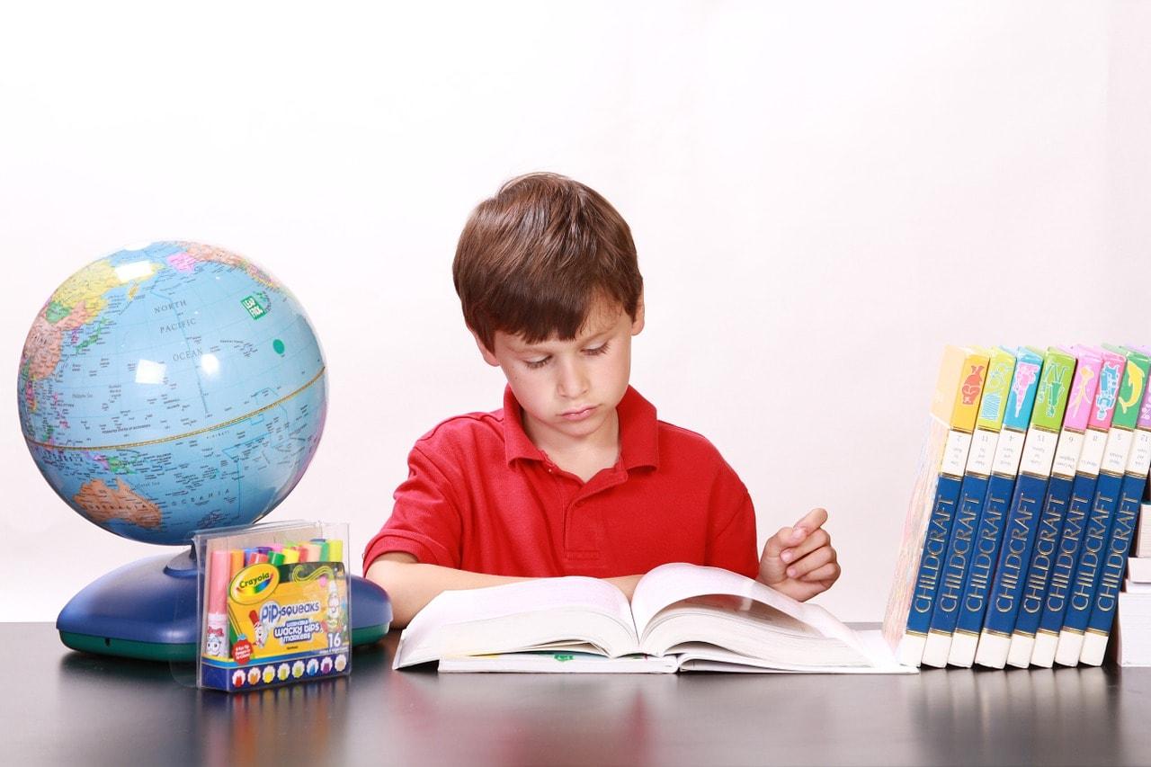 studying-child